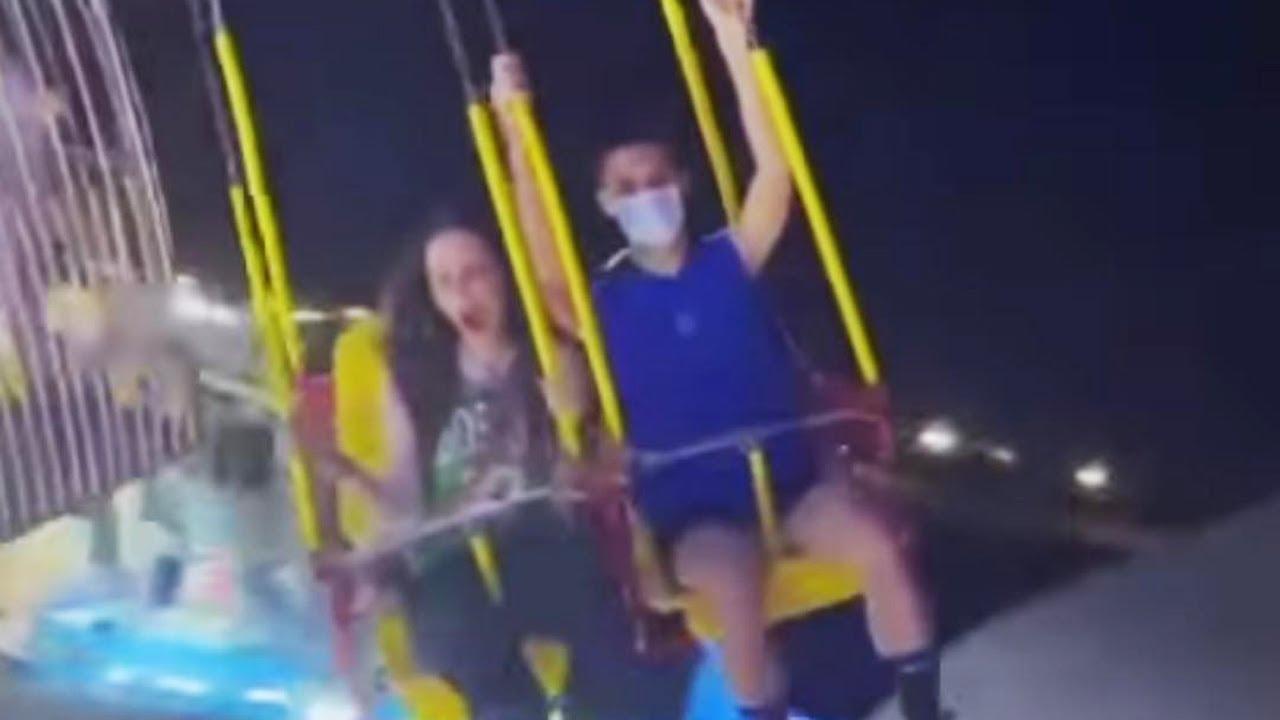Nina Moric scatenata con il figlio Carlos: i video della serata